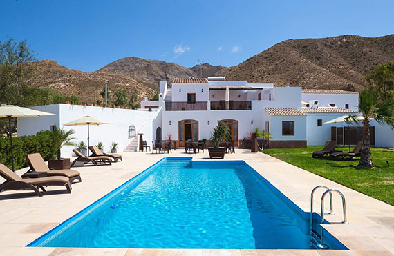 Almeria property with pool